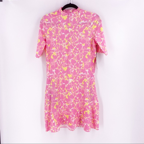 Tail Dress Short Sleeve Women's Size Small Pink